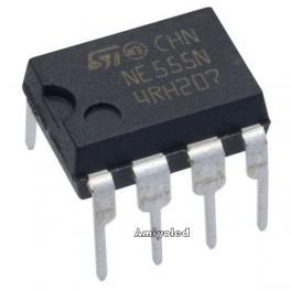 NE555 Oscilador DIP8